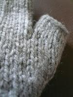 tricot moufle pouce en gousset