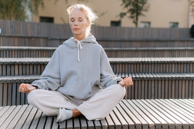 Yoga For Elderly and Its Medical Advantages