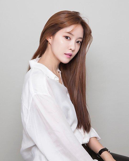 Hyomin, Daegu'ya 3 bin maske bağışladı