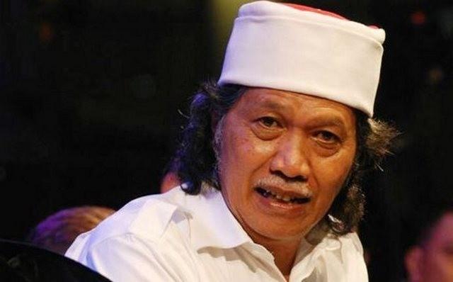 Ngeri, Cak Nun sebut perang saudara bisa pecah di Indonesia