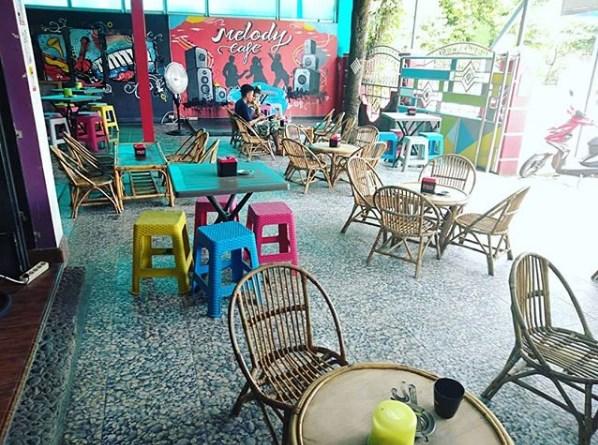 Tempat Nongkrong di Bandar,melody,cafe