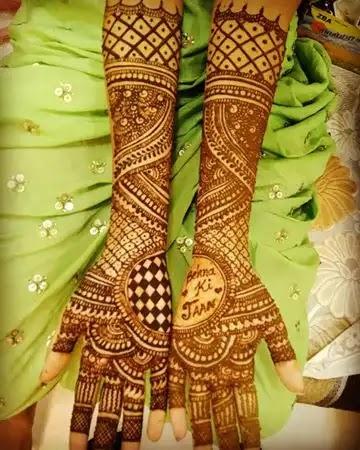 name-arts-on-full-hands-mehndi-design
