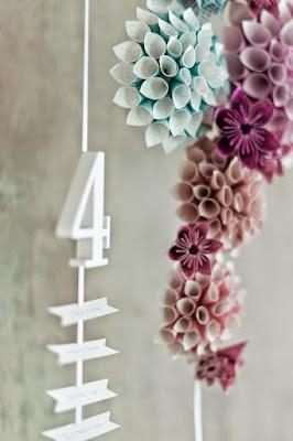 Bunga Hiasan Kerajinan Tangan dari Kertas