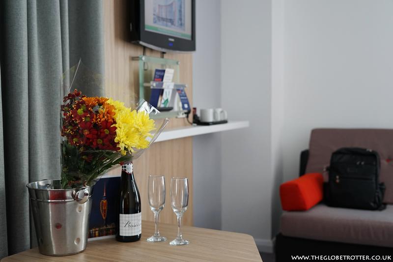 Room at Holiday Inn Express - Gunwharf Quays
