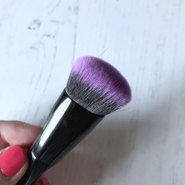 Brushworks Multitasking Brush