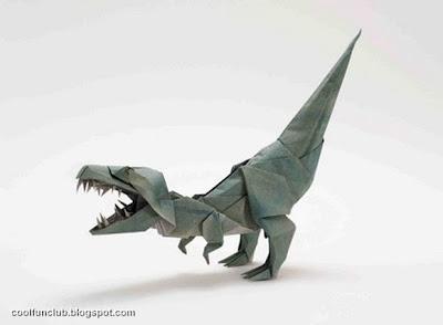 Tiranosáurio Rex hecho con papel