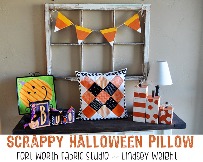 Simple and ADORABLE Scrappy Halloween Pillow tutorial on { lilluna.com } This super cute pillow takes few supplies and makes great decor or could make a great gift.