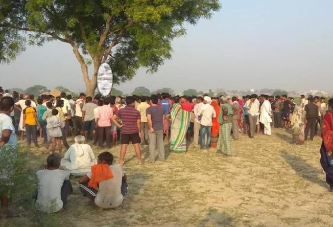 गोरखपुर में सामूहिक दुष्कर्म के बाद महिला की हत्या कर शव पेड़ से लटकाया