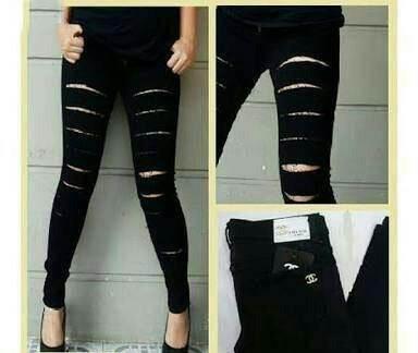 Jual Celana Panjang Ripped Black Jeans - 12595