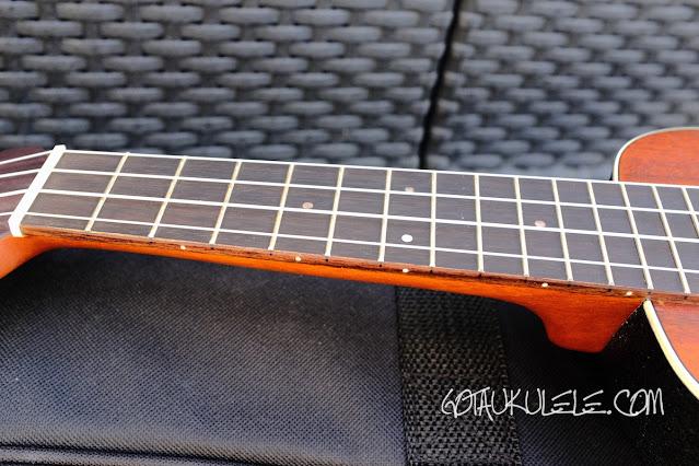 Ovation UCS10p Soprano Ukulele neck