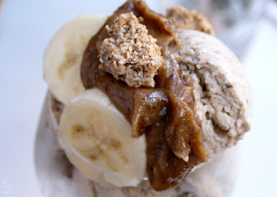 http://be-alice.blogspot.com/2016/09/no-churn-banoffee-pie-ice-cream-raw.html