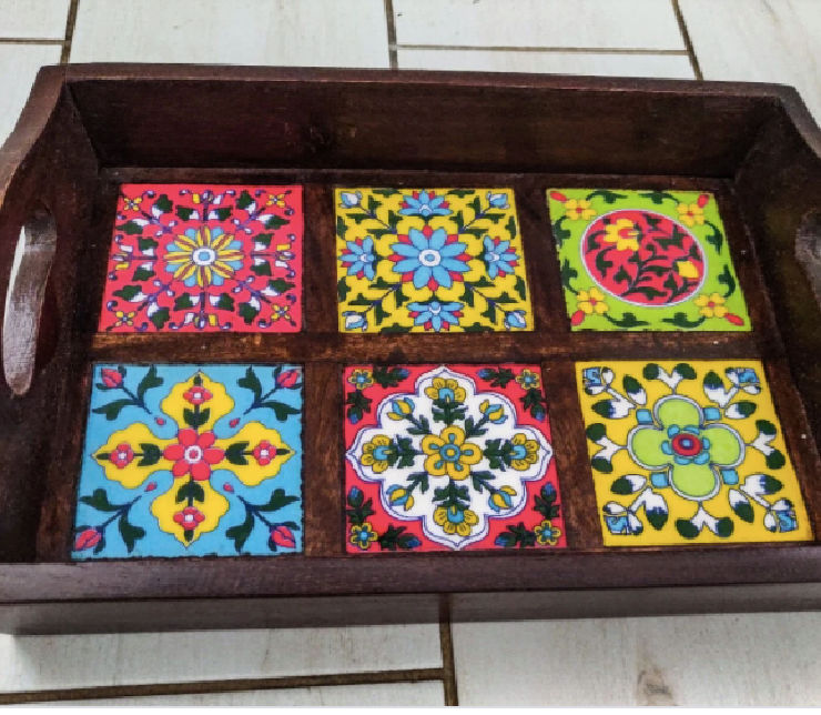 large tray
