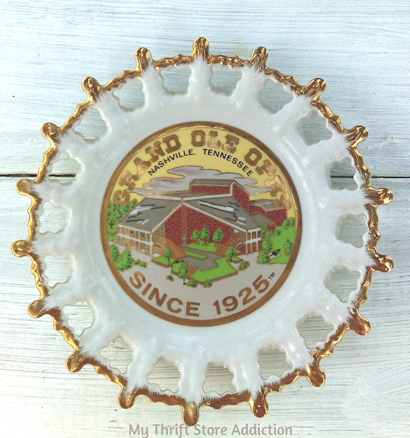 vintage collectible Grand Old Opry Nashville plate