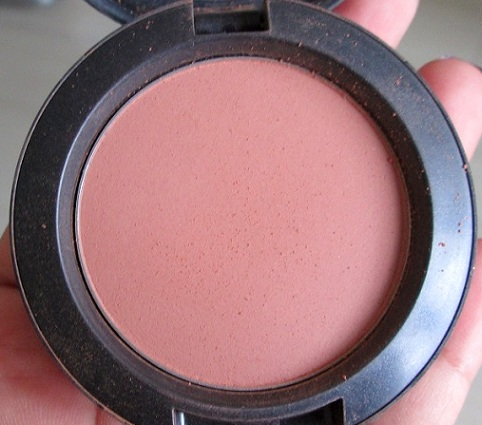 MAC+Gingerly+Blush+Swatch+Review