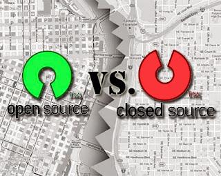 perbedaan open source dan closed source