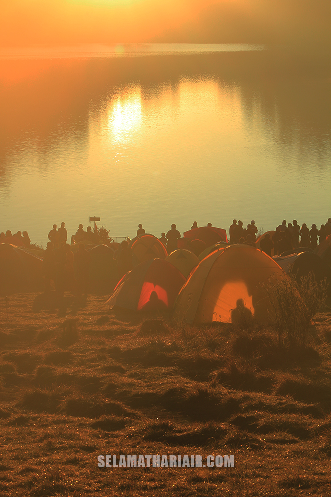 Sunrise Ranu Kumbolo