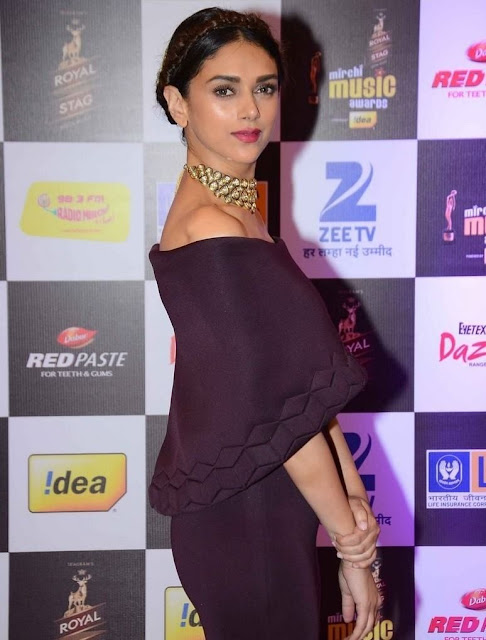 Aditi Rao Hydari at 8th Mirchi Music Awards Pictures 2016