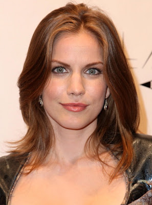 Girls Without Clothes Wallpaper Anna Chlumsky College Girls