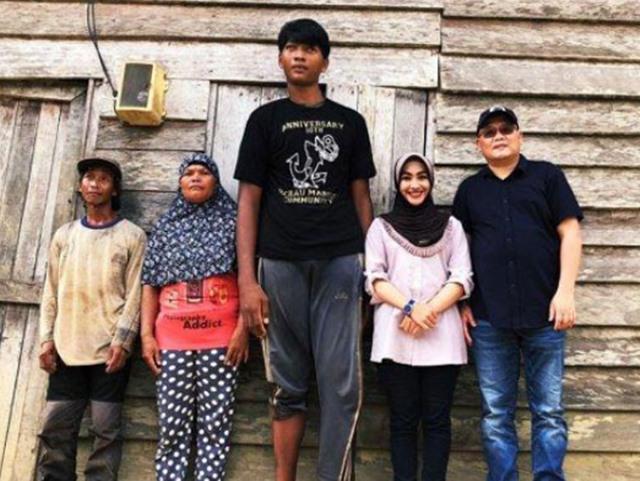 Rahmadi Pria Berusia 22 Tahun Tertinggi di Kalimantan Timur - GOOGLE
