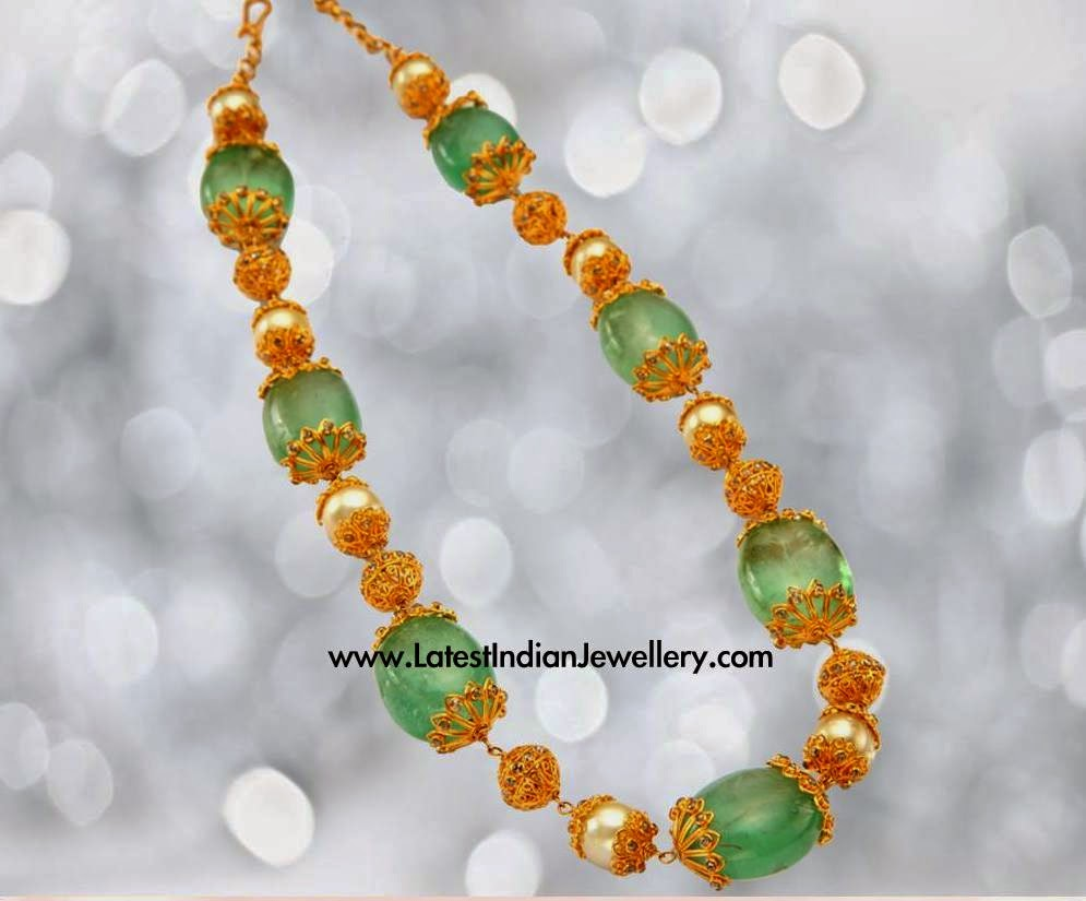 Emeralds and Pearls Beads Necklace