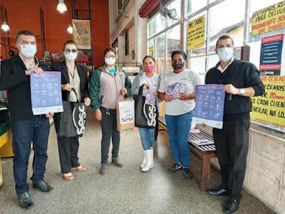ACIAR e SESC distribuem máscaras  para colaboradores de supermercados