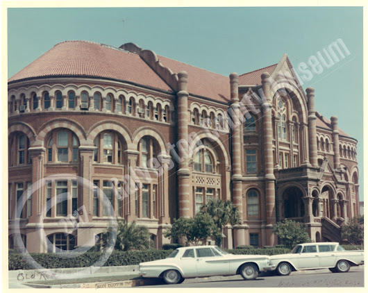 "1972 pic of ""Old Red"", the first University of Texas Medical Branch Building built in 1891"