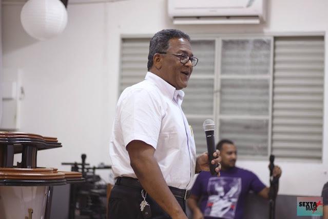 Pastor é esfaqueado por ladrão em MT e suspeito é baleado por genro policial da vítima