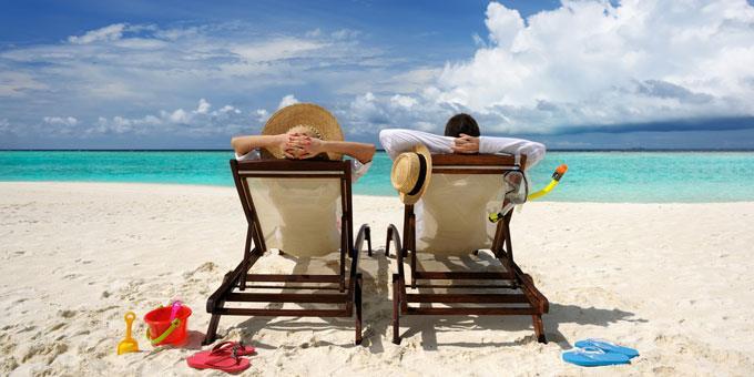 Περισσότεροι από τους μισούς Έλληνες δεν πάνε διακοπές