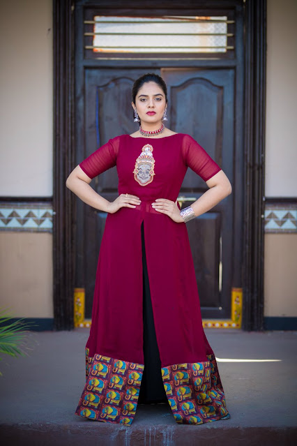 Sreemukhi Latest Pics Shared On Instagram Actress Trend