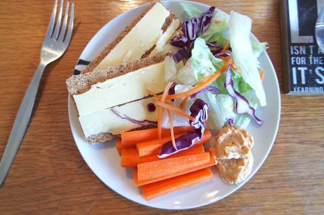 Sugar Free Lunch - Ryvita, Cheese, Carrot, Hummus and Salad