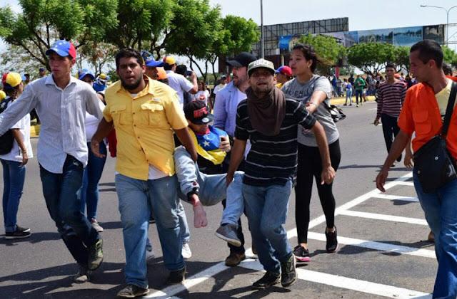 Varios heridos deja tiroteo contra marcha opositora en Maracaibo