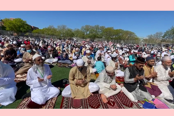 Eid is celebrated in the United States through munajat in the hope of getting rid of corona
