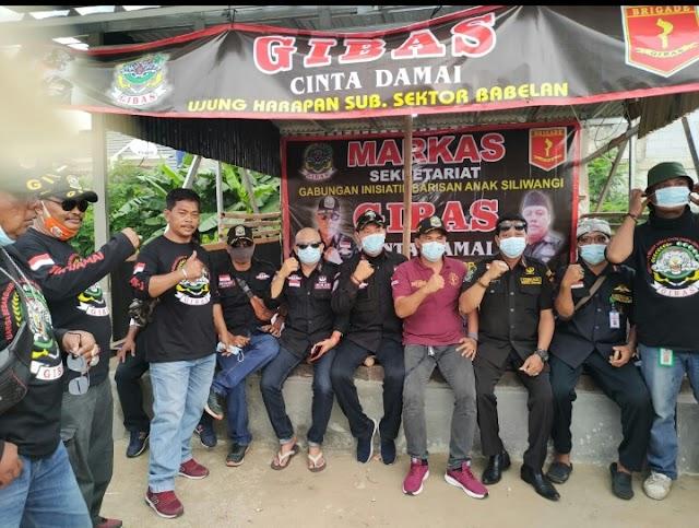 GIBAS Sub Sektor Bahagia Bagikan 3000 Masker Ke Pengguna Jalan, Ini Harapan Kartaman Amang