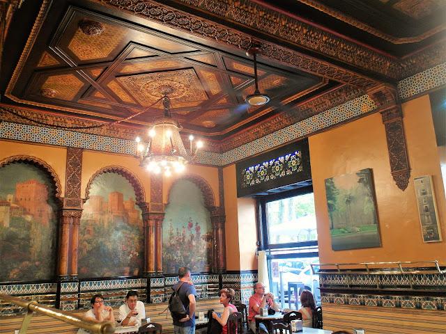vackra pintxos barer i Bilbao