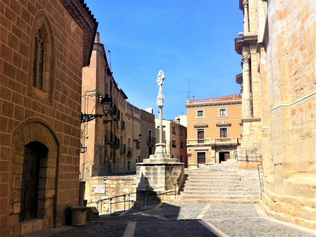 visitar casco antiguo de Montblanc