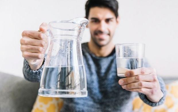 Tips-SehatQ,-Inilah-5-Manfaat-Minum-Air-Putih-yang-Perlu-Anda-Tahu