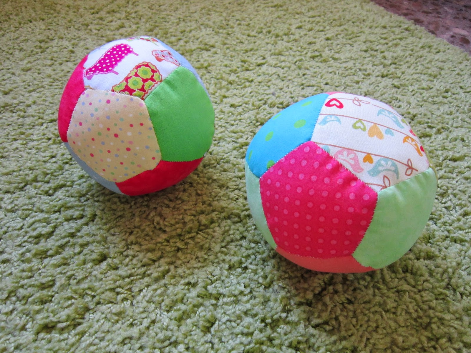 pelota, ball, patchwork, paper piecing, pentagono, pentagon, costura, couture, sewing