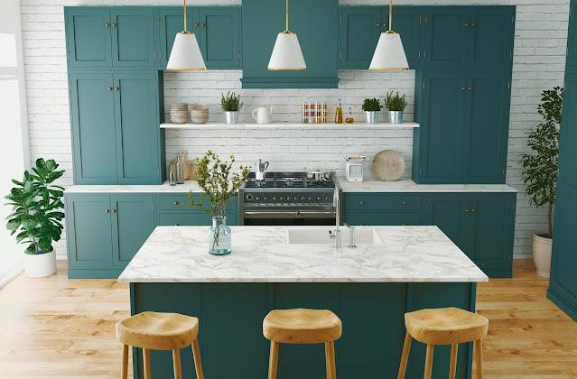 cozinha decorada com ilha verde