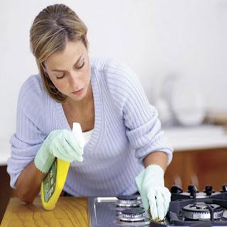 """حلول مشكلة تنظيف """"البوتاجاز"""" بطرق وخطوات منزليه سهلة لربات المنزل"""