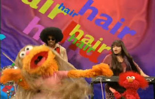 Zoe, Elmo and Gabi sing Take Care of Your Hair. Sesame Street Best of Friends