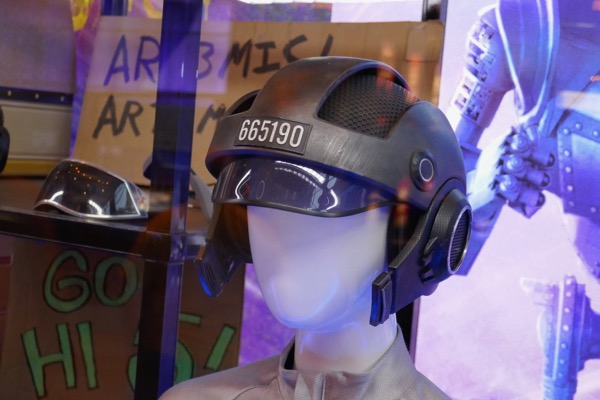 Ready Player One Samantha VR helmet