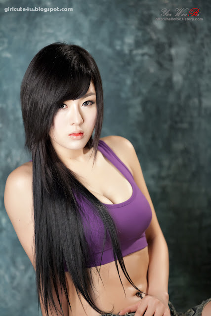 8 Hwang Mi Hee-Purple Sport Bra-very cute asian girl-girlcute4u.blogspot.com