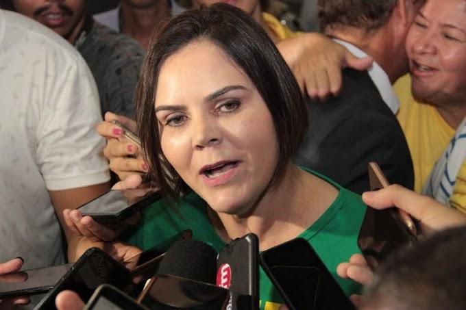 Juiz diz que site de notícia pratica fake news e garante direito de resposta à Coronel Fernanda
