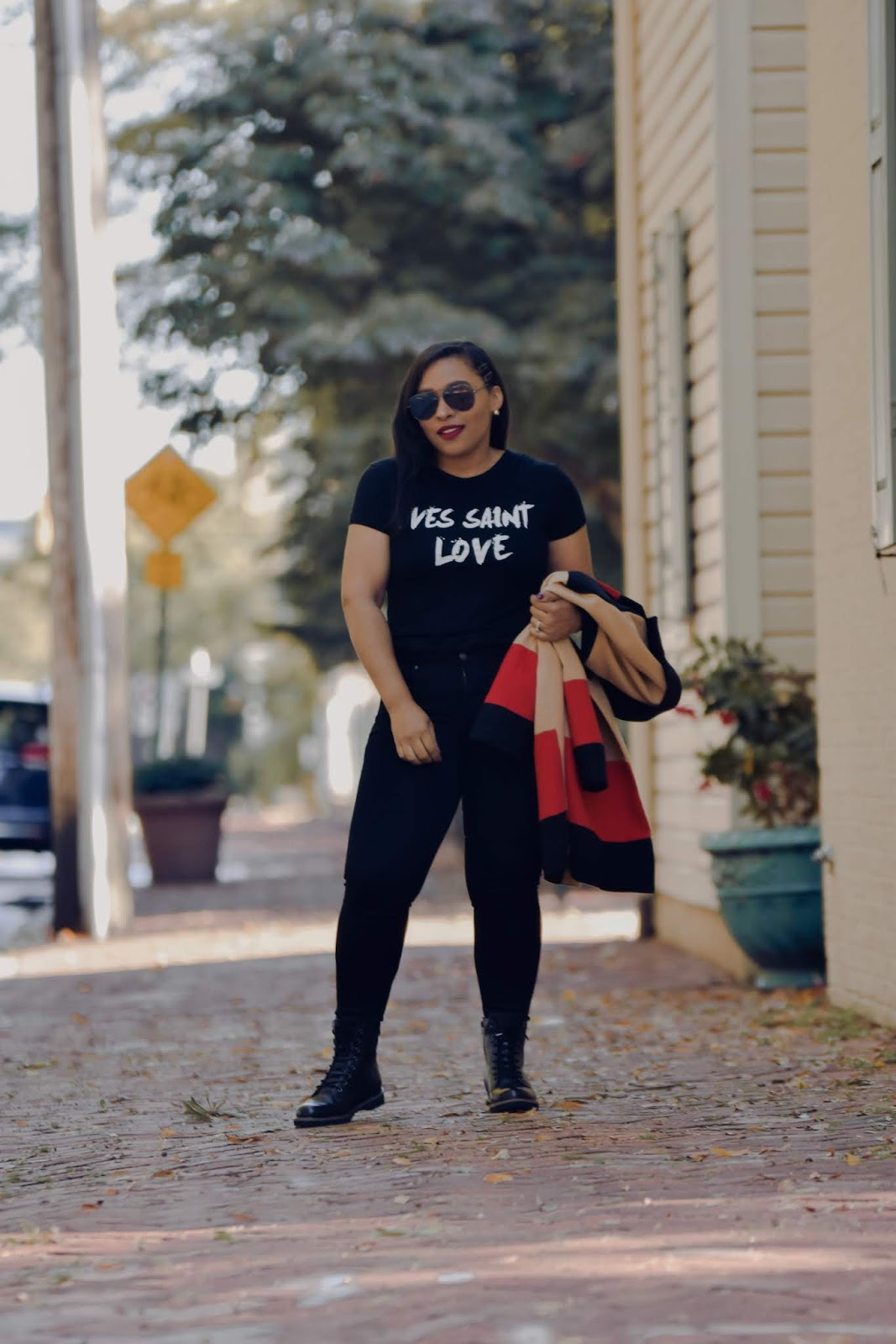 femme luxe, luxe gal, fall outfit ideas, graphic tee, all black outfits, shein reviews.