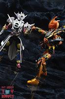 S.H. Figuarts Kamen Rider Evol Black Hole Form (Phase 4) 28