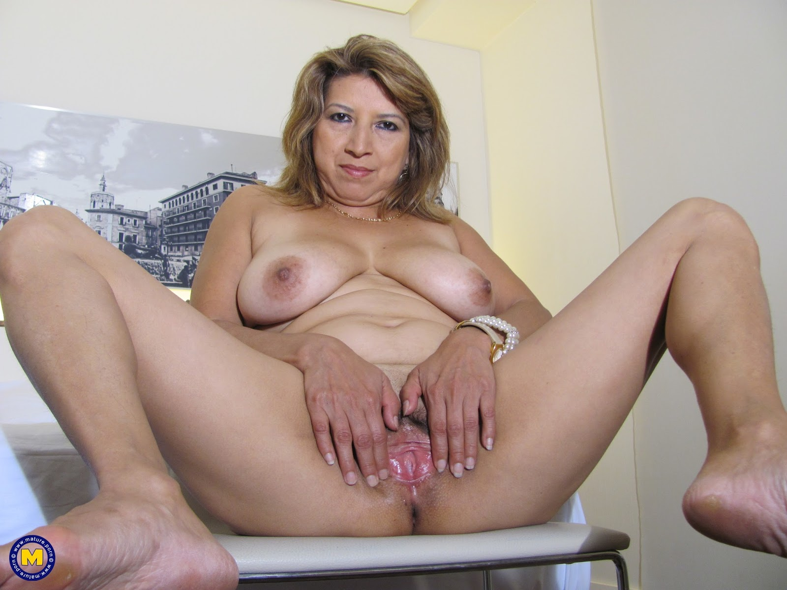 Naked Mexican Mature Women