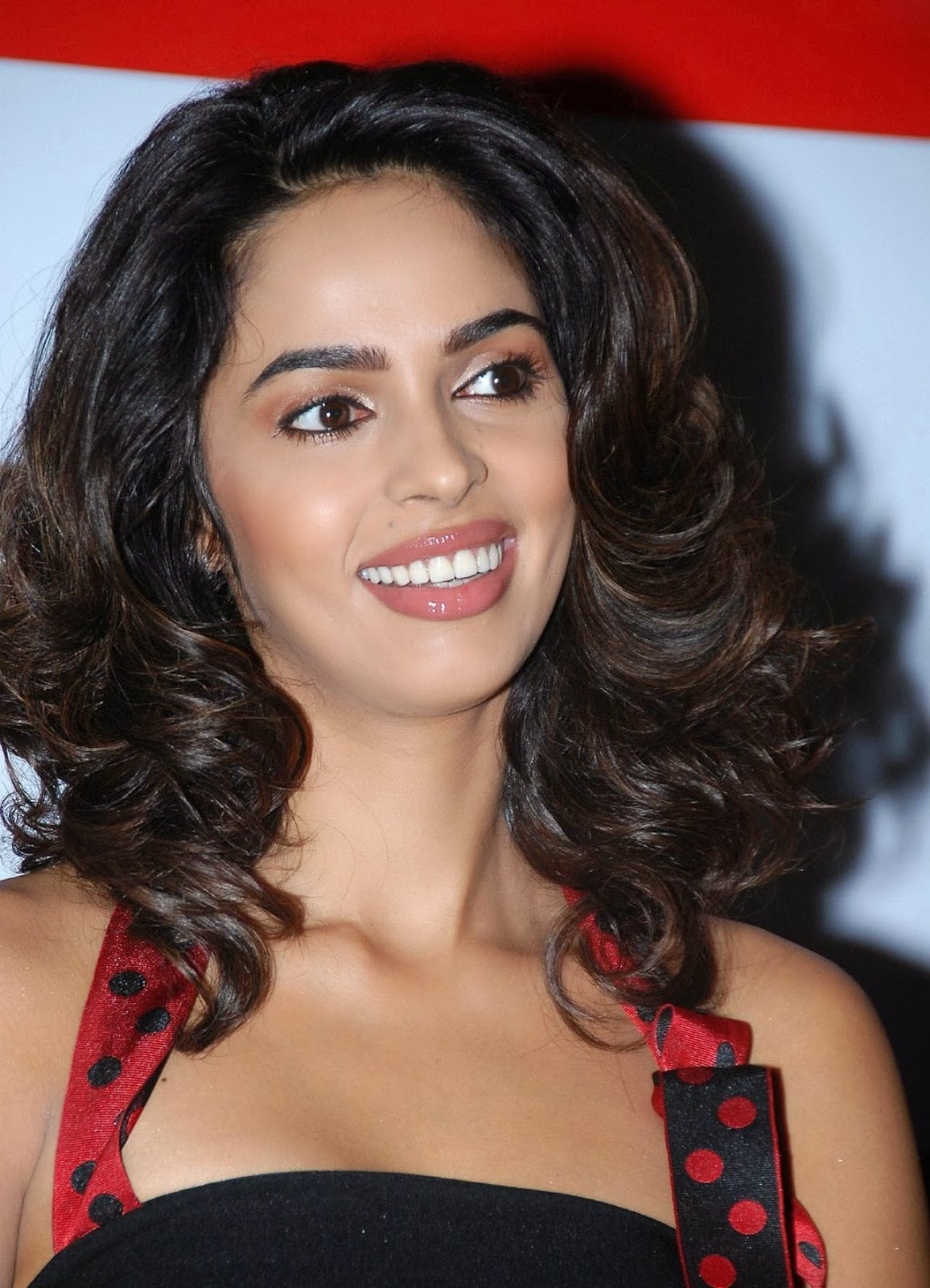 Can recommend Mallika sherawat face you uneasy
