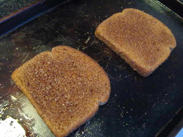 "The Supposedly ""Right Way To Make"" Cinnamon Toast"