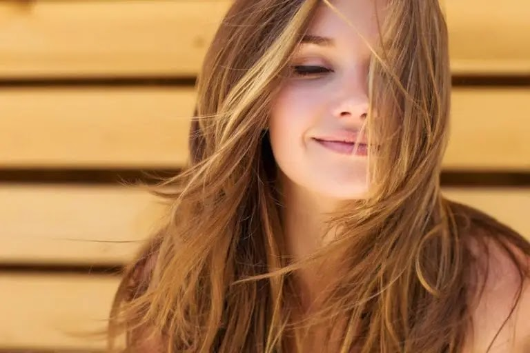 The most prominent rules for perfuming hair