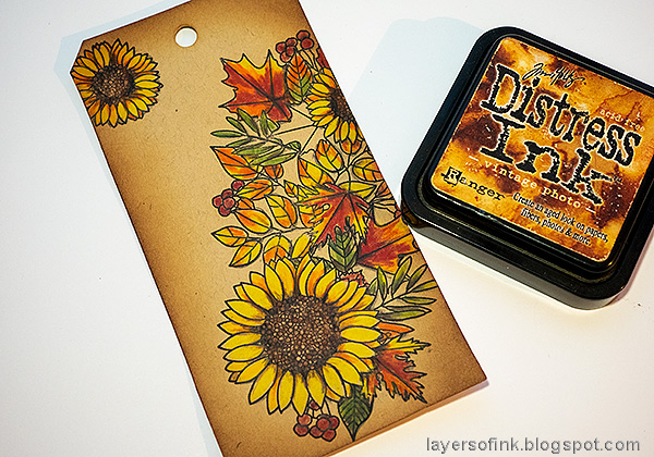 Layers of ink - Leaves on Kraft Tutorial by Anna-Karin Evaldsson. Ink with Distress Ink.